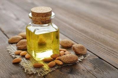 como quitar las ojeras con aceite de coco y almedras